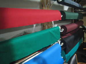 Reading pool table Recovering pool table cloth colors